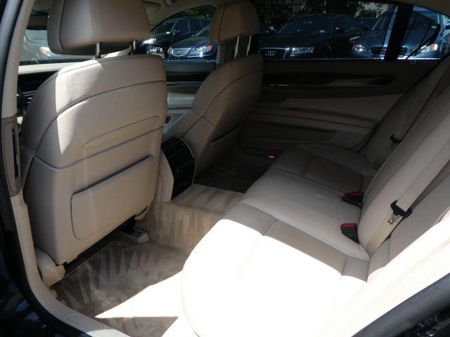 2009 BMW 750Li Leesburg, Virginia 14