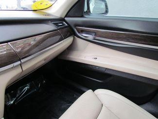 2009 BMW 750Li  Navi / Camera / heads up display Sacramento, CA 20