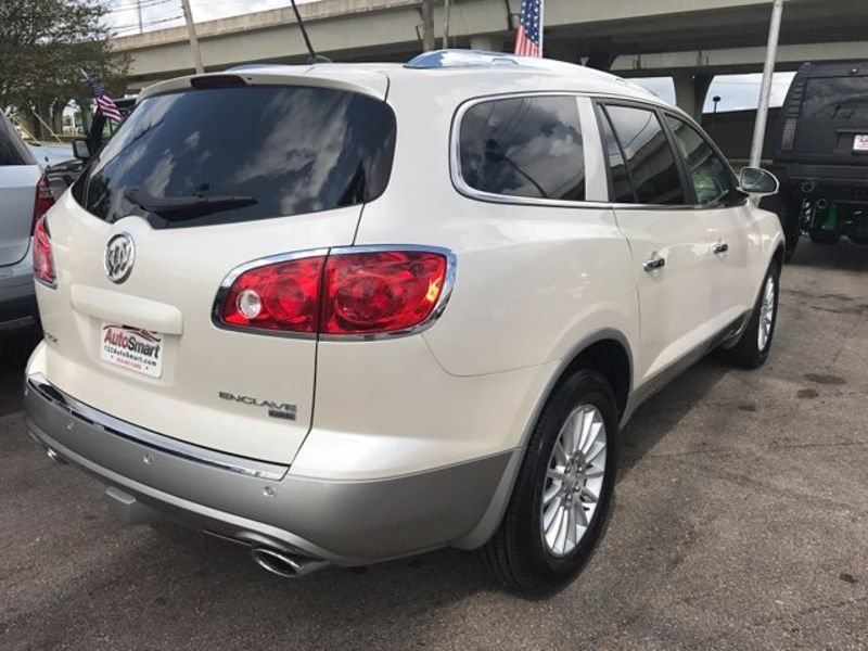2009 Buick Enclave CXL  city LA  AutoSmart  in Harvey, LA