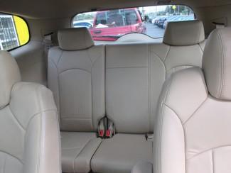 2009 Buick Enclave CXL Saint Ann, MO 17