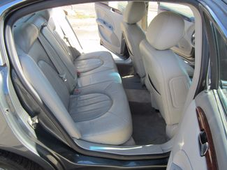 2009 Buick Lucerne CXL-4 Houston, Mississippi 11