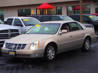 2009 Cadillac DTS w/1SC | Champaign, Illinois | The Auto Mall of Champaign in  Illinois