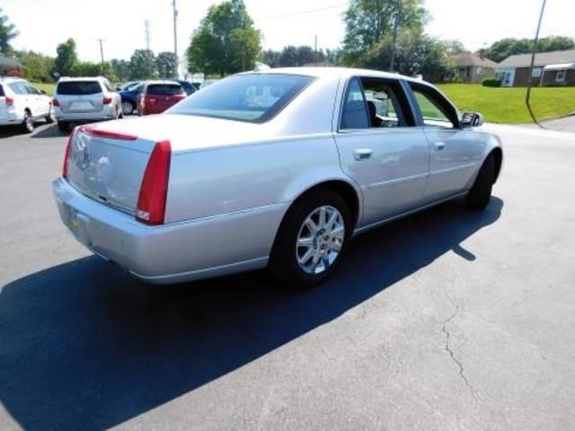 2009 Cadillac DTS w/1SD Ephrata, PA 3