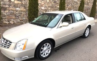 2009 Cadillac-2 Owner!!! Service Records!! DTS-SHOWROOM CONDITION!!  CARMARTSOUTH.COM-112K!! Knoxville, Tennessee 3
