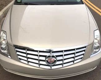 2009 Cadillac-2 Owner!!! Service Records!! DTS-SHOWROOM CONDITION!!  CARMARTSOUTH.COM-112K!! Knoxville, Tennessee 2