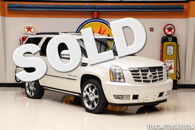 2009 Cadillac Escalade This Carfax 1-Owner accident-free Cadillac Escalade is in great shape with