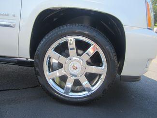 2009 Cadillac Escalade Batesville, Mississippi 16
