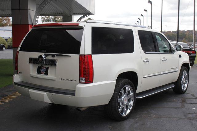 2009 Cadillac Escalade ESV AWD ULTRA LUXURY EDITION W/NAV-DUAL DVDS-SUNROOF! Mooresville , NC 24