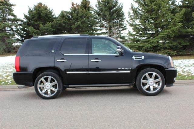 2009 Cadillac Escalade Hybrid 4WD  city MT  Bleskin Motor Company   in Great Falls, MT