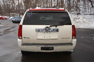 2009 Cadillac Escalade Hybrid Naugatuck, Connecticut 3