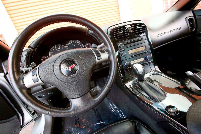 2009 Chevrolet Corvette w2LT - 13k miles  city California  MDK International  in Los Angeles, California