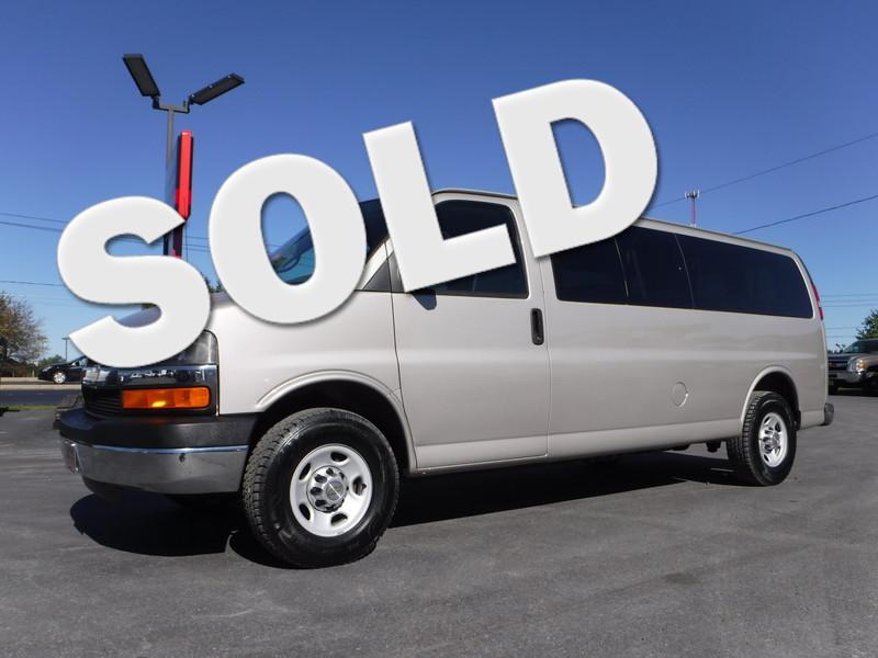 2009 Chevrolet Express 3500 15 Passenger Van in Ephrata PA
