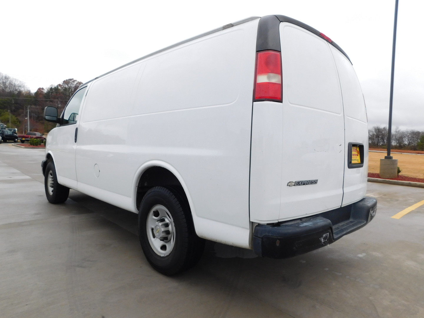 2009 chevrolet express cargo van city tn doug justus auto center inc. Black Bedroom Furniture Sets. Home Design Ideas