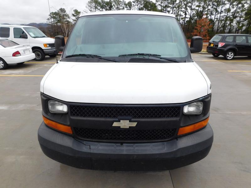 2009 Chevrolet Express Cargo Van   city TN  Doug Justus Auto Center Inc  in Airport Motor Mile ( Metro Knoxville ), TN