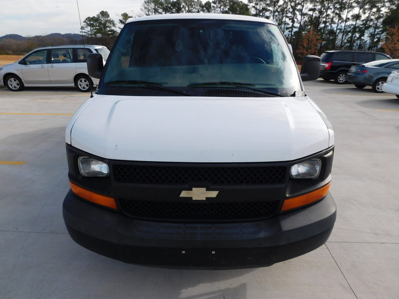 2009 Chevrolet Express Cargo Van   city TN  Doug Justus Auto Center Inc  in Airport Motor Mile ( Metro Knoxville ), TN