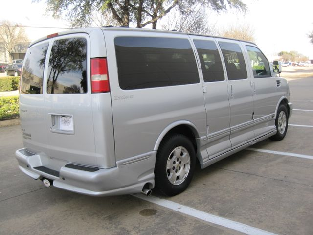 2009 Chevrolet Express, Conversion by Explorer. 1 Owner, Lo MIles, WOW. Plano, Texas 11