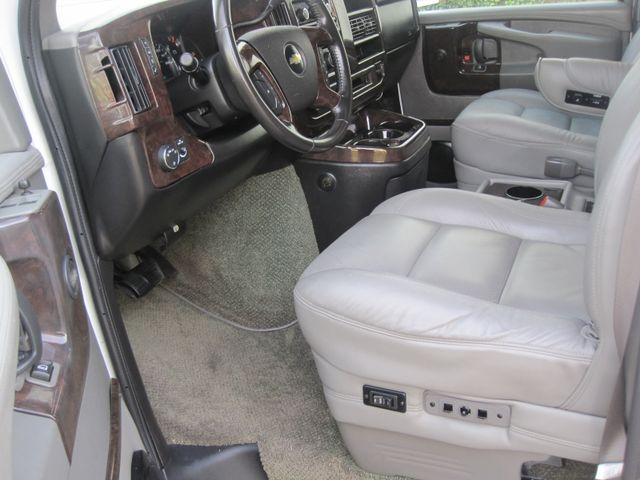 2009 Chevrolet Express, Conversion by Explorer. 1 Owner, Lo MIles, WOW. Plano, Texas 12