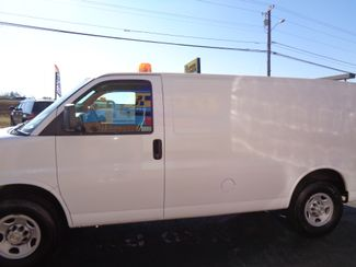2009 Chevrolet Express Cargo Van 3500 LOW MILES SIDE DOORS EXC COND TOW Richmond, Virginia 33
