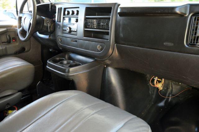 2009 Chevrolet Express Cargo Van 1500 Cargo San Antonio , Texas 13