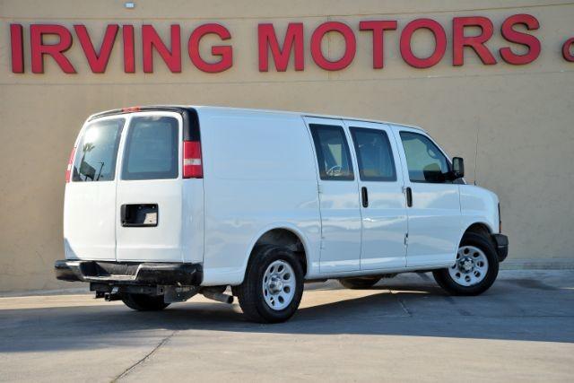 2009 Chevrolet Express Cargo Van 1500 Cargo San Antonio , Texas 6