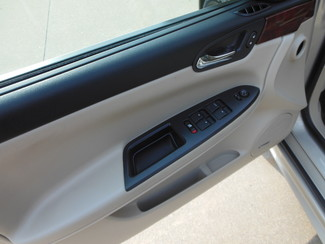2009 Chevrolet Impala LTZ Clinton, Iowa 14