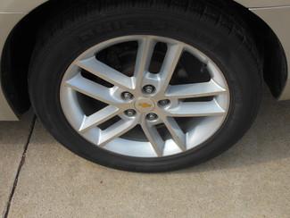 2009 Chevrolet Impala LTZ Clinton, Iowa 4