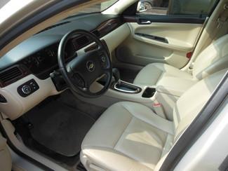 2009 Chevrolet Impala LTZ Clinton, Iowa 6