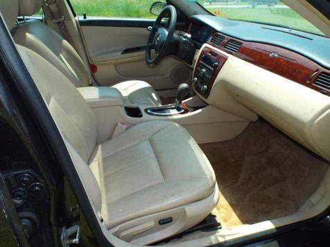 2009 Chevrolet Impala 3.5L LT   Medina, OH   Towne Auto Sales in Medina, OH
