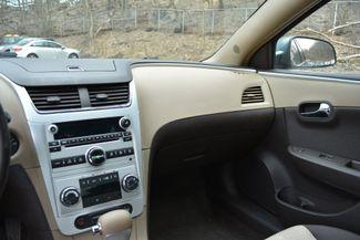 2009 Chevrolet Malibu Hybrid Naugatuck, Connecticut 17