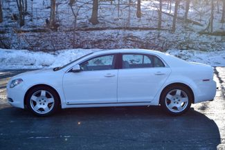 2009 Chevrolet Malibu LT Naugatuck, Connecticut 1