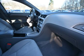 2009 Chevrolet Malibu LT Naugatuck, Connecticut 9