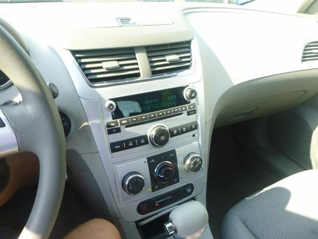 2009 Chevrolet Malibu LT w/1LT Richmond, Virginia 9
