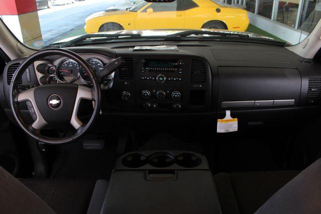 2009 Chevrolet Silverado 1500 LT EXT Cab 4x4 Z71 - POWER/EXTERIOR PLUS PKGS! Mooresville , NC 27