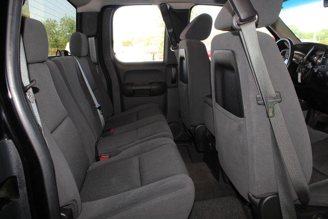 2009 Chevrolet Silverado 1500 LT EXT Cab 4x4 Z71 - POWER/EXTERIOR PLUS PKGS! Mooresville , NC 34