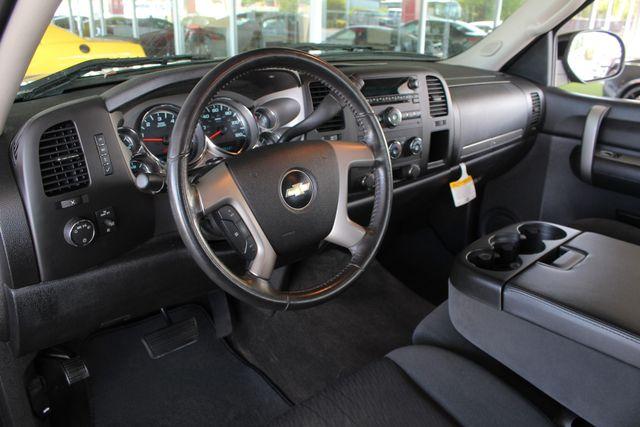 2009 Chevrolet Silverado 1500 LT EXT Cab 4x4 Z71 - POWER/EXTERIOR PLUS PKGS! Mooresville , NC 29