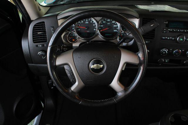 2009 Chevrolet Silverado 1500 LT EXT Cab 4x4 Z71 - POWER/EXTERIOR PLUS PKGS! Mooresville , NC 4