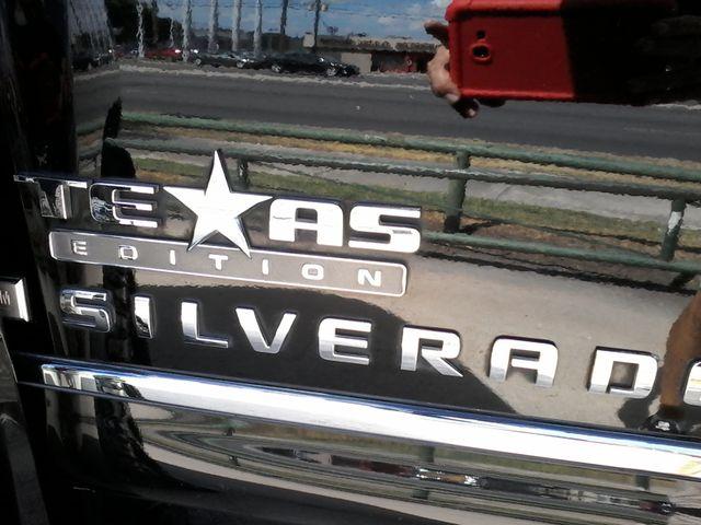 2009 Chevrolet Silverado 1500 1LT and more San Antonio, Texas 24