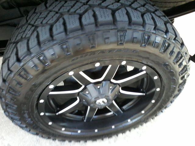2009 Chevrolet Silverado 1500 1LT and more San Antonio, Texas 26