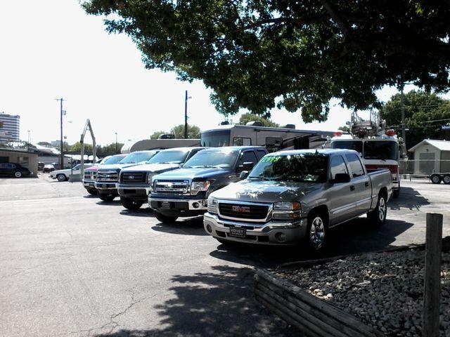 2009 Chevrolet Silverado 1500 1LT and more San Antonio, Texas 31