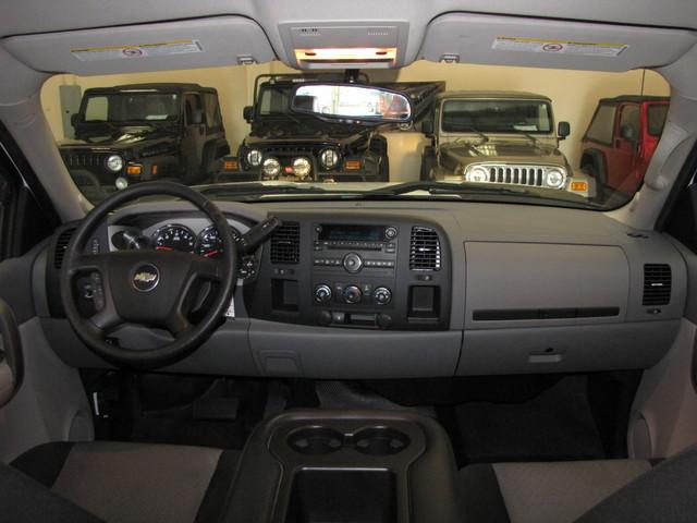 2009 Chevrolet Silverado 2500HD Jacksonville , FL 26
