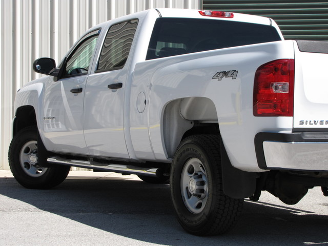 2009 Chevrolet Silverado 2500HD Jacksonville , FL 16