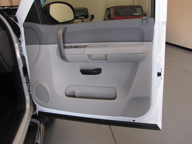 2009 Chevrolet Silverado 2500HD Jacksonville , FL 37