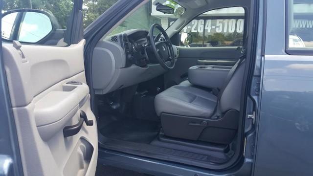 2009 Chevrolet Silverado 2500HD Work Truck Richmond, Virginia 7