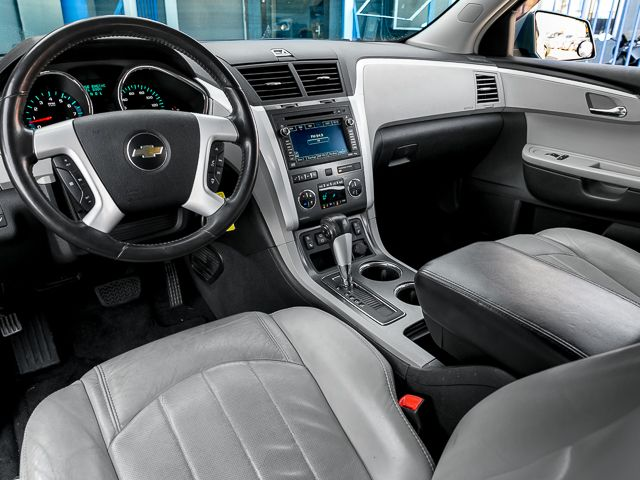 2009 Chevrolet Traverse LTZ Burbank, CA 9