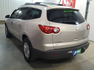2009 Chevrolet Traverse LT w1LT  city ND  AutoRama Auto Sales  in , ND