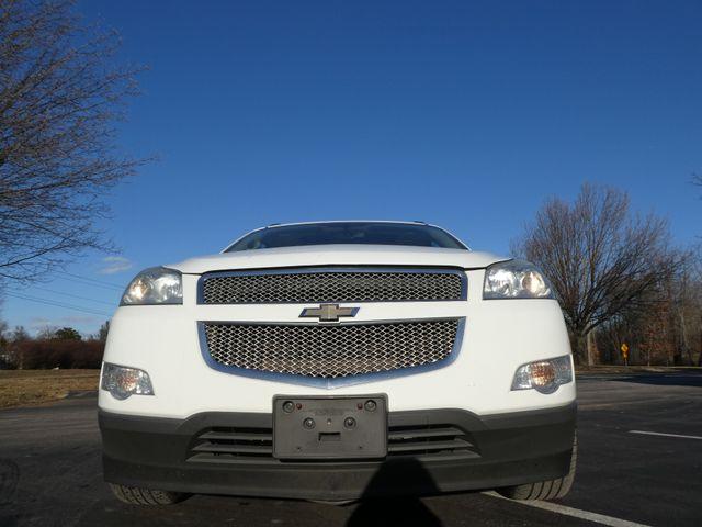 2009 Chevrolet Traverse LTZ Leesburg, Virginia 7