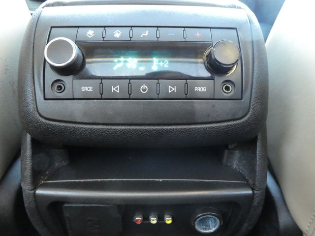 2009 Chevrolet Traverse LTZ Leesburg, Virginia 21