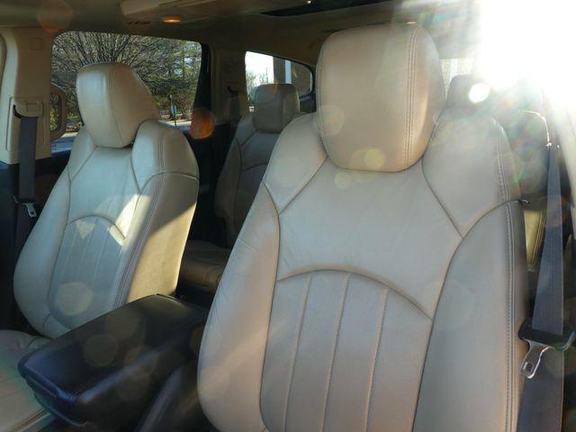 2009 Chevrolet Traverse LTZ Leesburg, Virginia 9