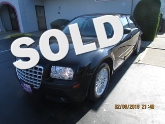 2009 Chrysler 300 LX Fremont, Ohio