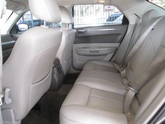 2009 Chrysler 300 Touring Gardena, California 10